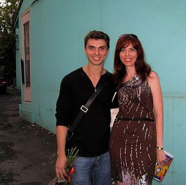 Известный актер с женой Екатериной