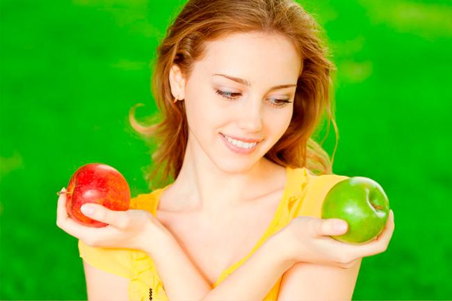 Яблоки имеют большое количество витаминов