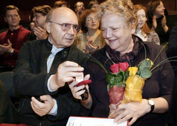 Андрей Мягков с женой Анастасией Вознесенской