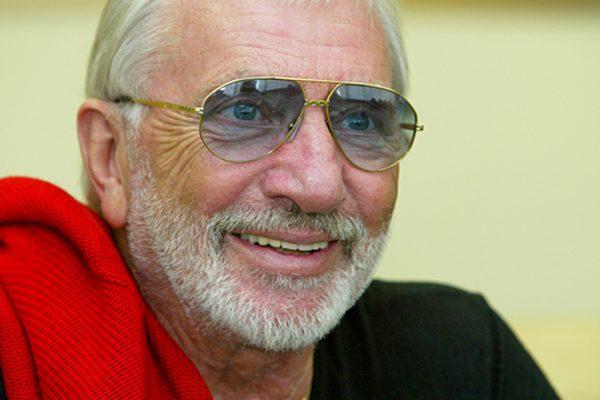 Популярный актер и режиссер Виктор Мережко