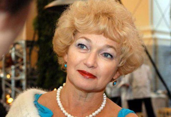 Нарусова написала книгу о своем умершем муже