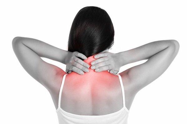 Почему возникает постоянная боль в шее