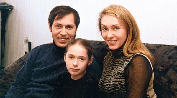 Супруга и дочь во всем поддерживают Николая Носкова