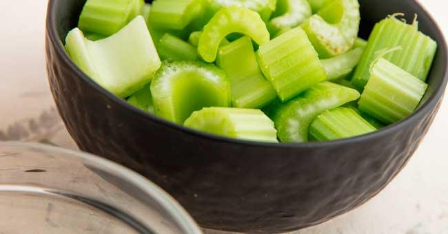 Сельдерей содержит множество витаминов