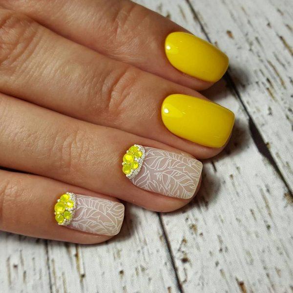 Нейл-арт желтых оттенков