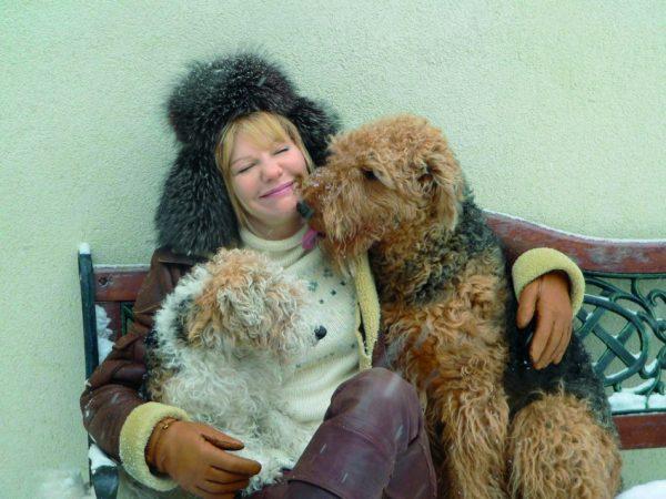 Актриса со своими любимыми собаками