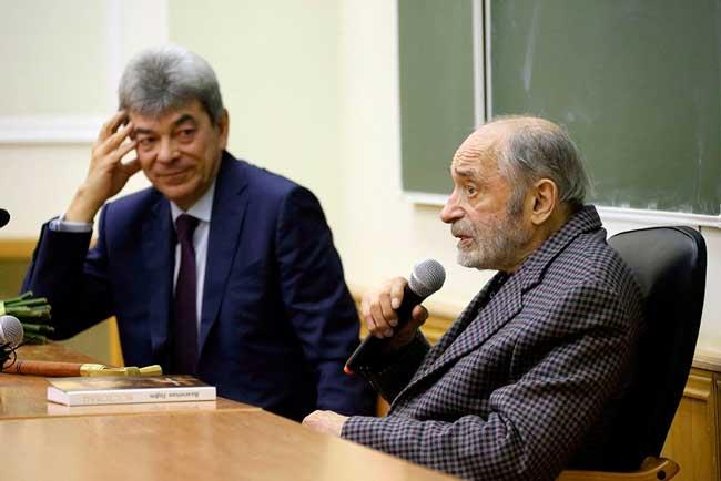 На встрече со студентами МГУ