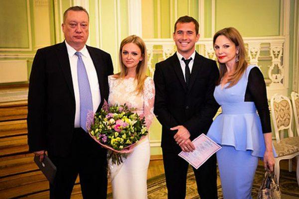 Милана с мужем Александром Кержаковым