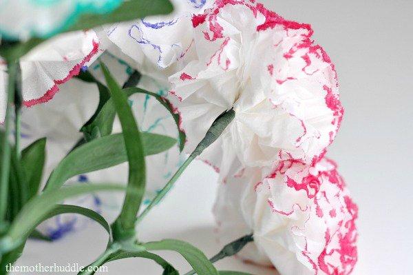 Как сделать гвоздики из бумажных салфеток