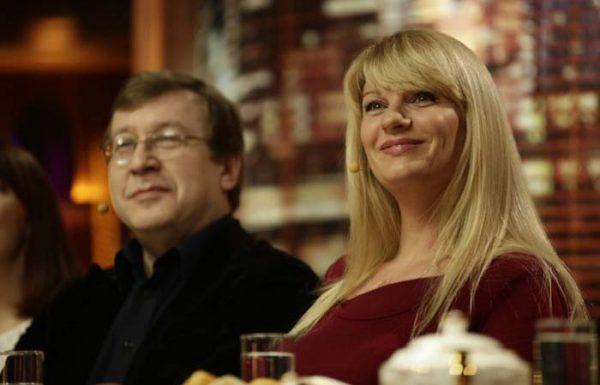 Александр со своей женой Анной Ардовой