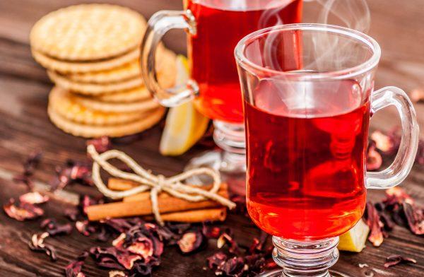 Чай каркаде выведет вредный холестерин и укрепит стенки сосудов
