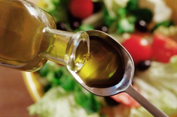Льняное масло используется в кулинарии