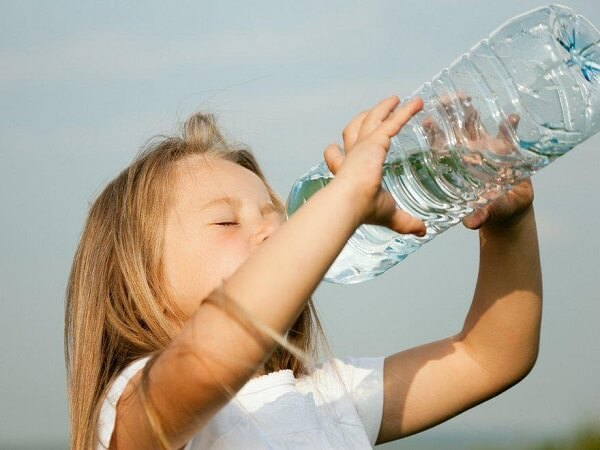 При сахарном диабете ребенок все время ощущает сухость во рту