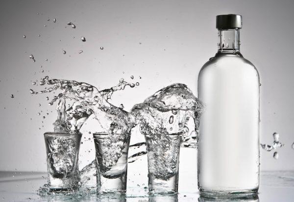 Очищенный самогон полезнее покупных спиртных напитков