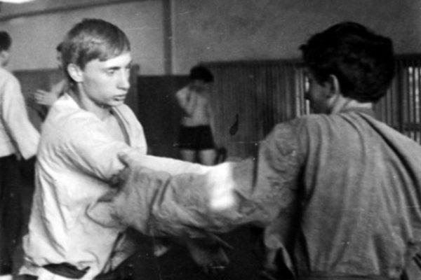 В. Путин занимался рукопашным боем