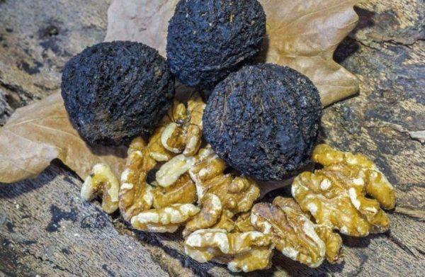 Очищенные ядра черного ореха
