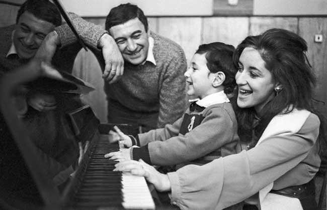 Тамара Гвердцители с мужем и сыном