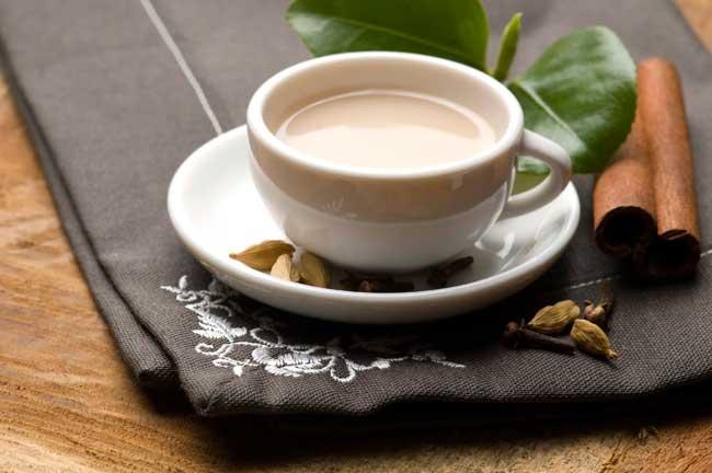Чай с молоком полезен для организма