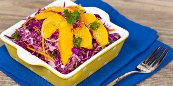 Вкусный салат из краснокочанной капусты