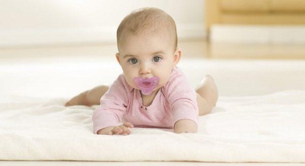Ребенку можно сосать соску до 1,5 года
