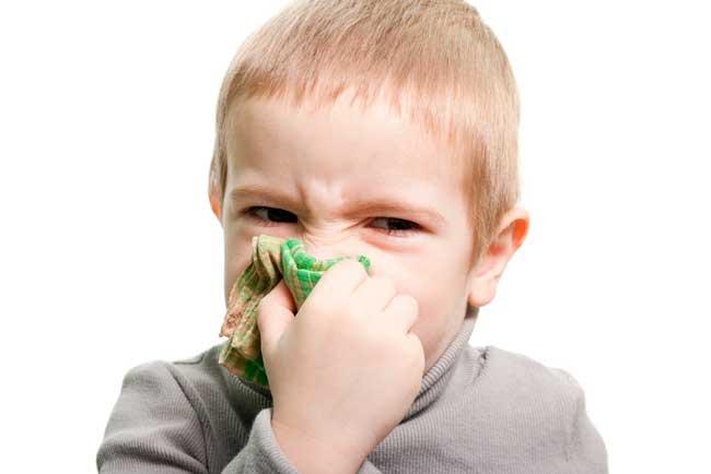 При аллергии нос может кровоточить и ночью
