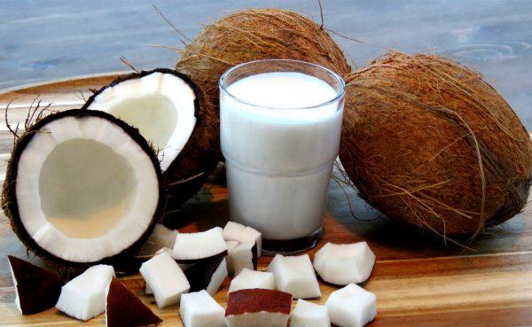 Кокосовое молоко избавит от усталости и наладит работу щитовидной железы