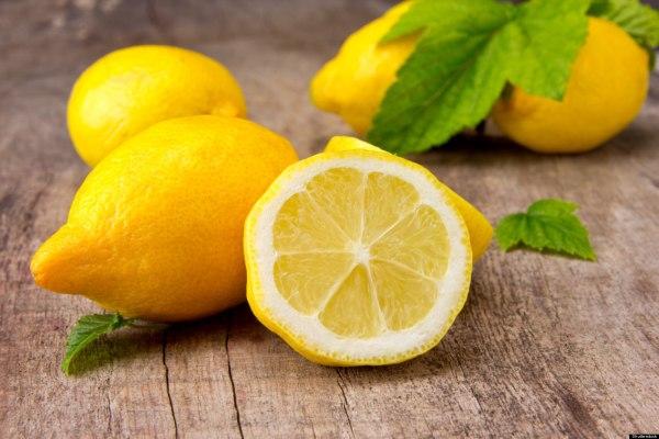 В составе лимона содержится большое количество витамина С