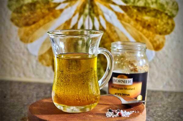 Употребляя горчичное масло в большом количестве можно навредить своему желудку