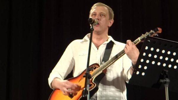 С. Горобченко во время концерта