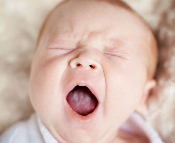 Не стоит заниматься самолечением молочницы у ребенка