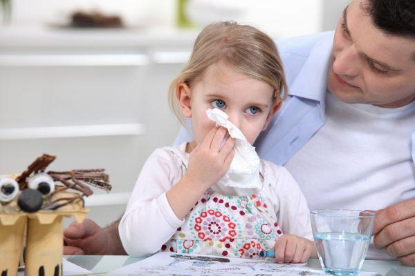 Зеленые сопли могут быть у ребенка при гайморите