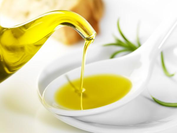 Масло оливы поможет в лечении запоров