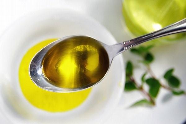 Рыжиковое масло применяется в кулинарии
