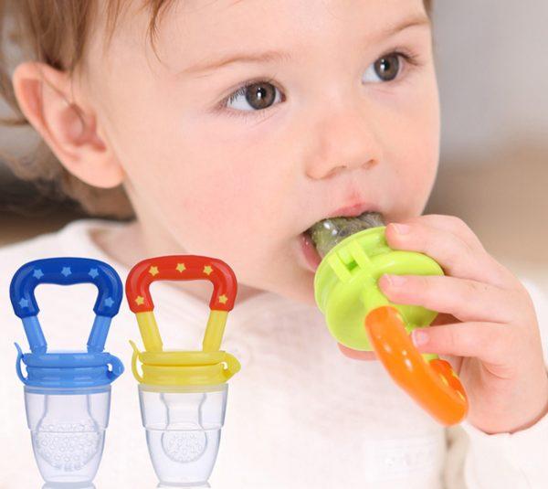 Для ребенка можно приобрести специальные прорезыватели