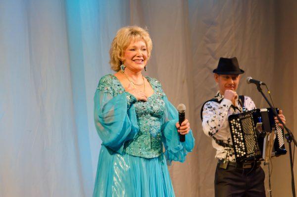 Е. Шаврина во время концерта