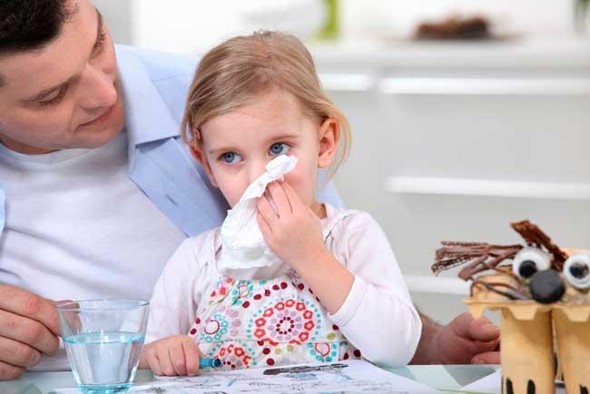 У ребенка проявляется слабость организма