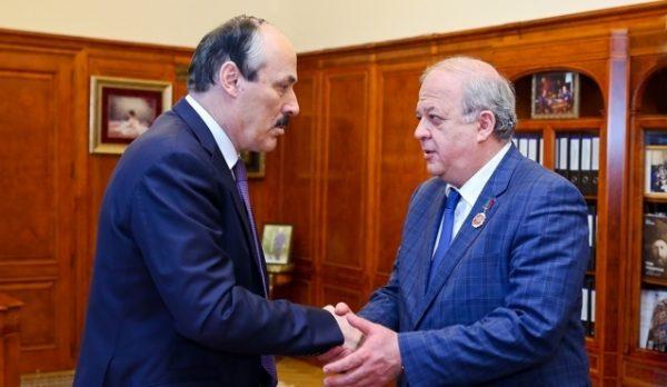 А. Карибов исполнял обязанности руководителя Секретариата Председателя Правительства РД