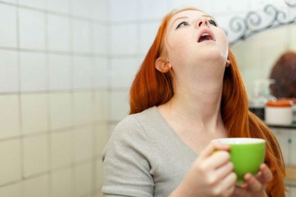 Народные средства помогут избавится от запаха изо рта