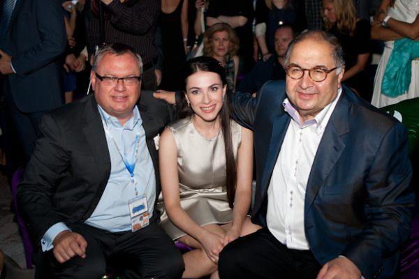 С Дмитрием Костиным