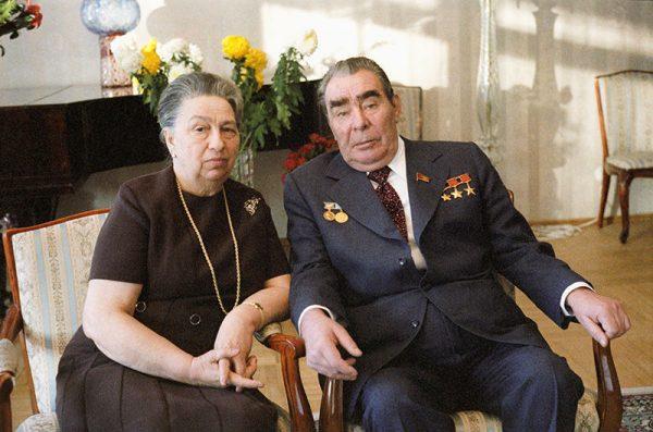 Леонид Брежнев с женой