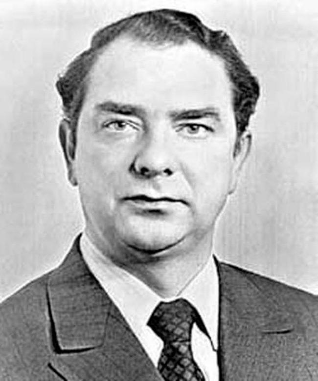 Юрий Брежнев, фото