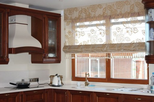 15-kitchen-curtains-512x341