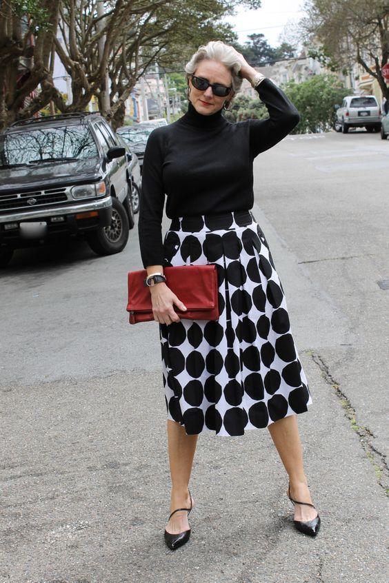 Модный образ для женщин за 50 лет