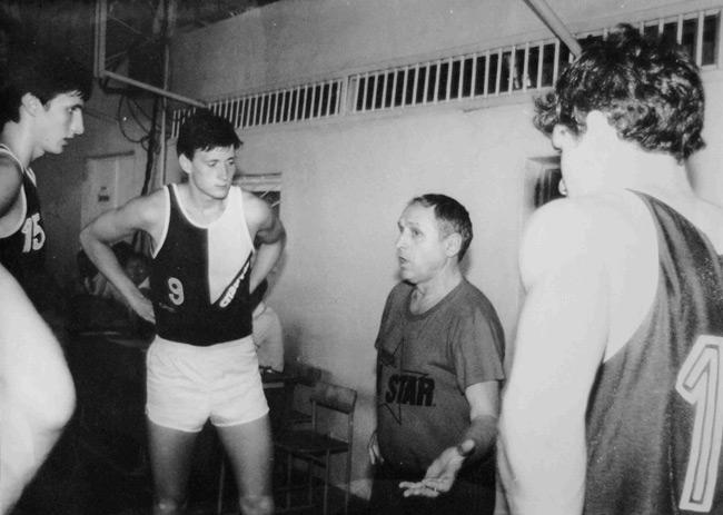 Владимир Конрашин работал в Детской спортивной школе