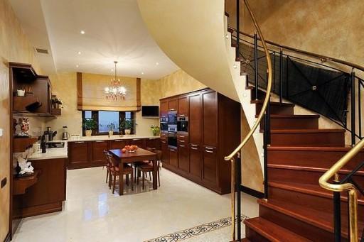 Современный дизайн кухонных штор