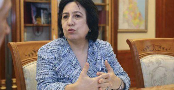 Уммупазиль Омарова защищает докторскую диссертацию