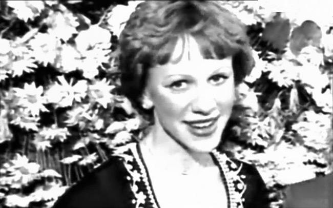 Кира Иванова стала выпивать и погубила карьеру