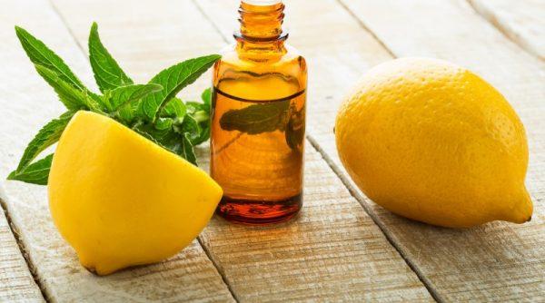 Лимонный сок укрепляет и питает структуру волос