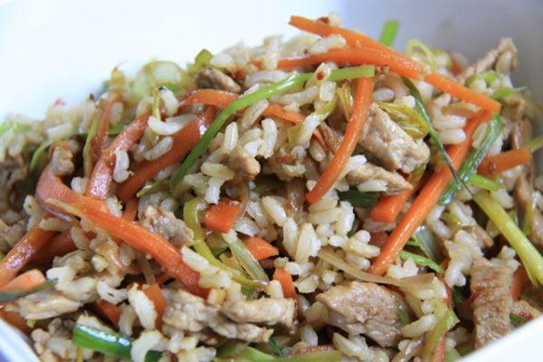 Бурый рис с говядиной