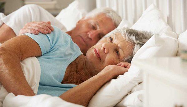 age-insomnia01